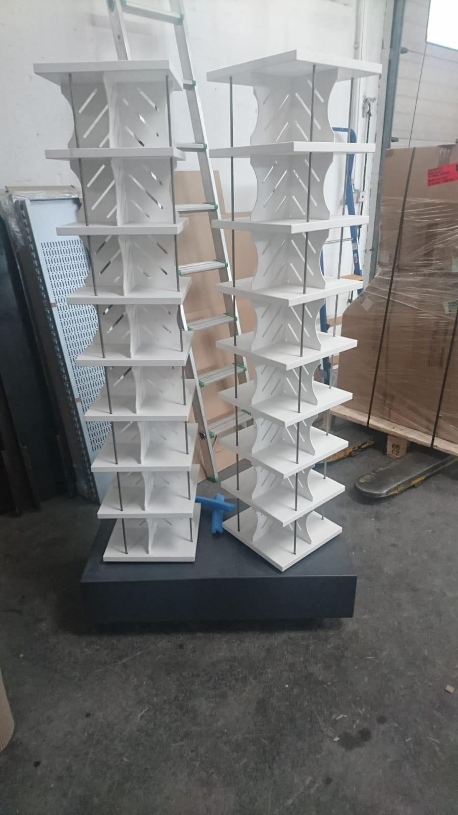 Doppeldrehturm für CDs in weiß/anthrazit