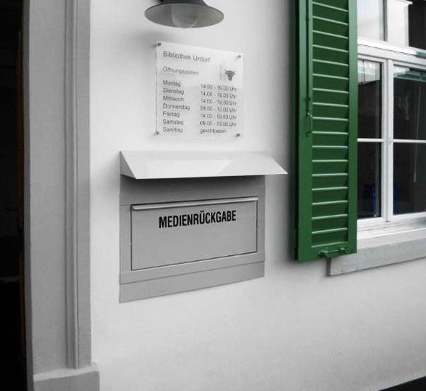 Edelstahl Medien-Einwurfgehäuse / Einbau Mauerwerk